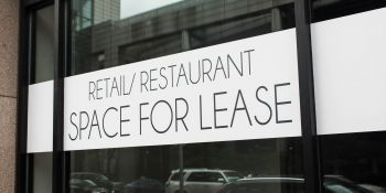 Signing a Lease? Speak to your Lawyer First!